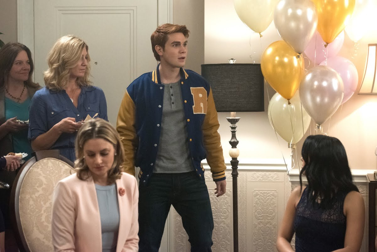 Riverdale Fashion: Season 1 Episode 8
