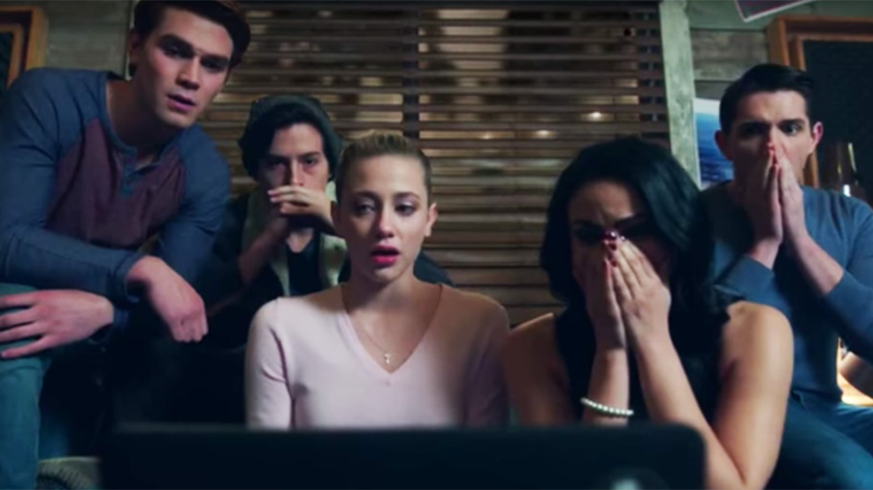 Riverdale Fashion: Season 1 Episode 12